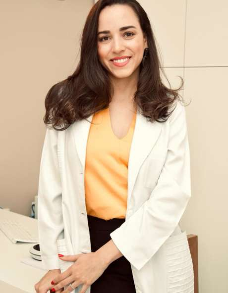 Dra. Gabrielle Vale