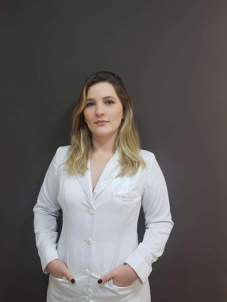Dra. Flávia Xavier Brito